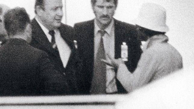 Genscher (2. v. l.), Geiselnehmer (r.) 1972