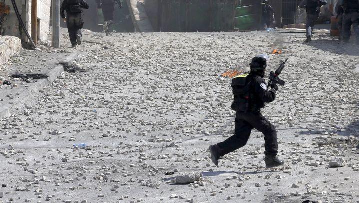 Palästinenser und Israelis: Straßenschlachten in Jerusalem