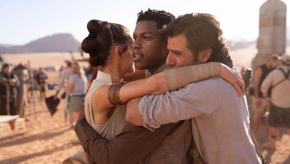 Daisy Ridley, John Boyega und Oscar Isaac im neuen Star Wars-Film
