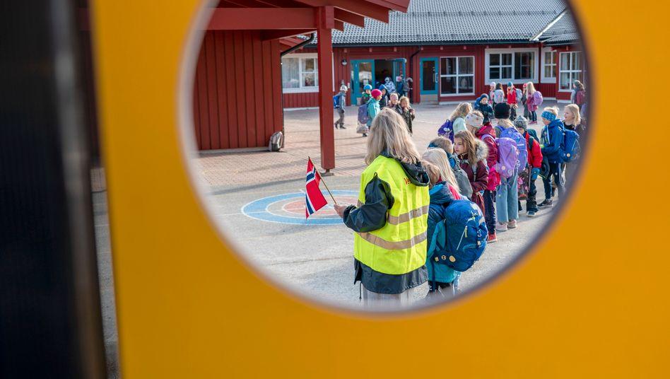 Schule in Trondheim: Am Montag machten die Schule für die Kleinen wieder auf