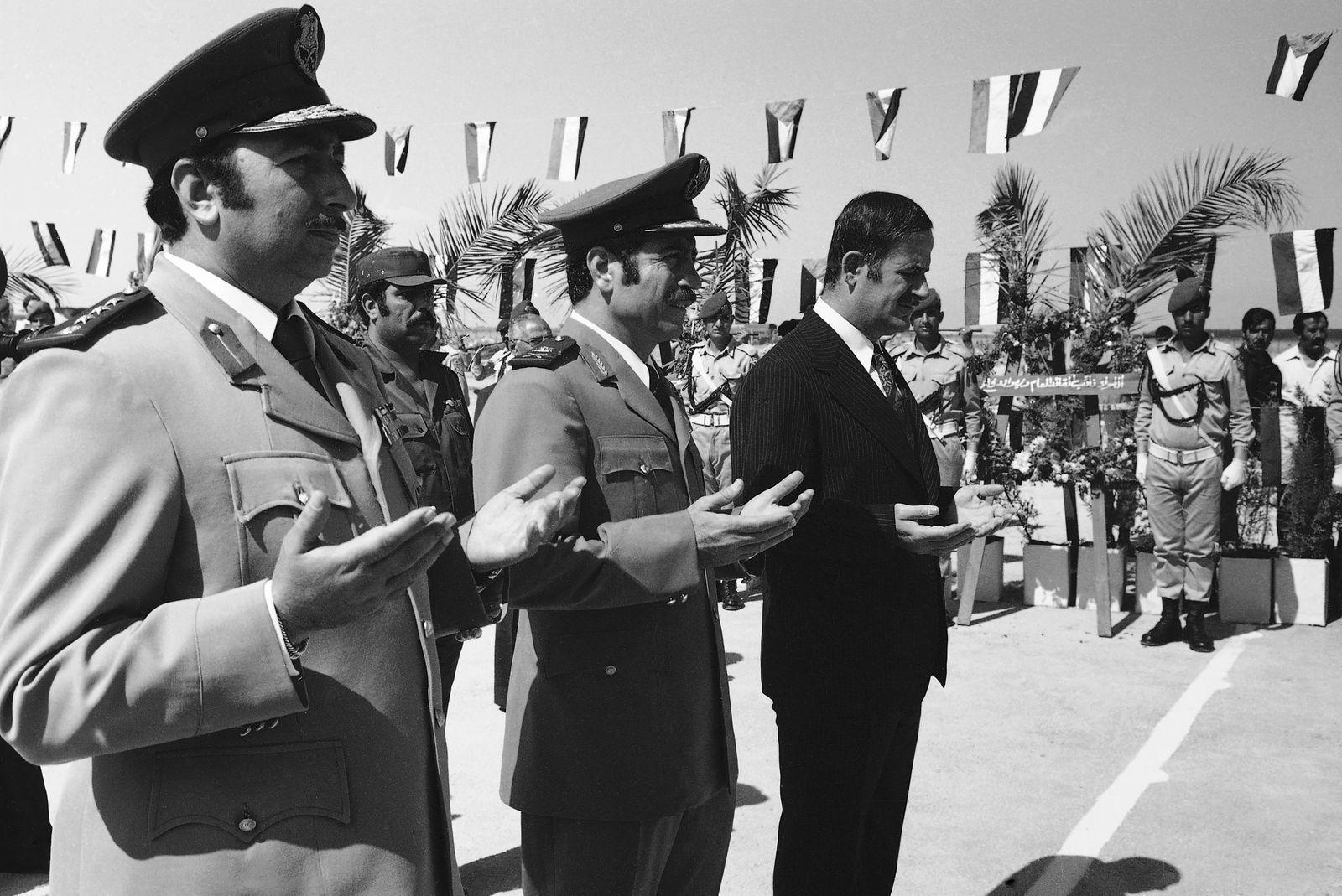 Hafez Assad, Mustafa Tlass
