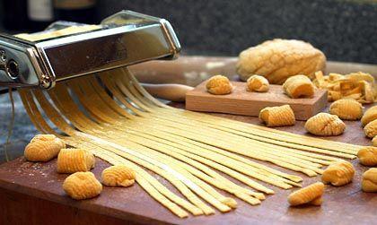 Hausgemachte Pasta: Dazu ein wenig Olivenöl, Pfeffer und Salz - ein Genuss