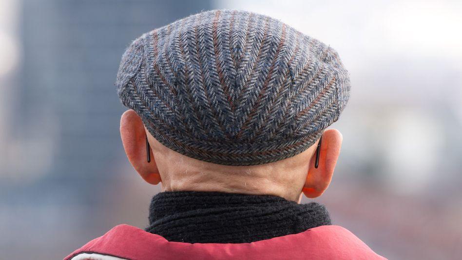 Graue Mütze voraus: Habe ich die weiße Kopfbedeckung?