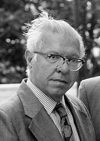 Renommierter Querdenker: Fred Hoyle im Jahr 1987