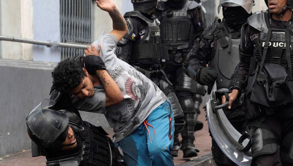 Festnahmen bei Demonstrationen in Ecuadors Hauptstadt Quito