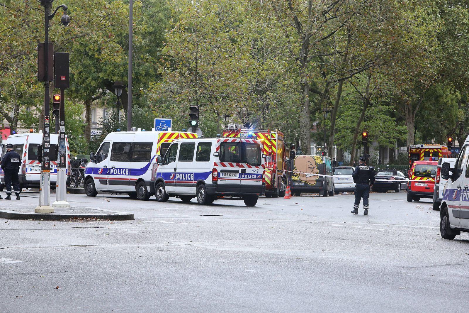 Attaque au couteau deux personnes blessees deux suspects interpelles dans le 11e arrondissement de la capitale NEWS :At