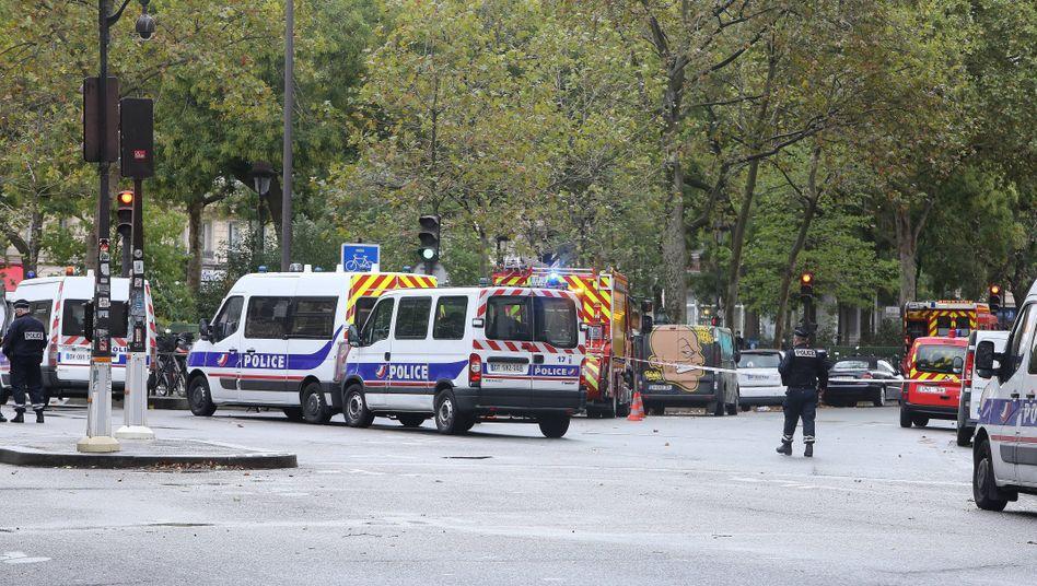 Polizeieinsatz nach dem Messerangriff in Paris