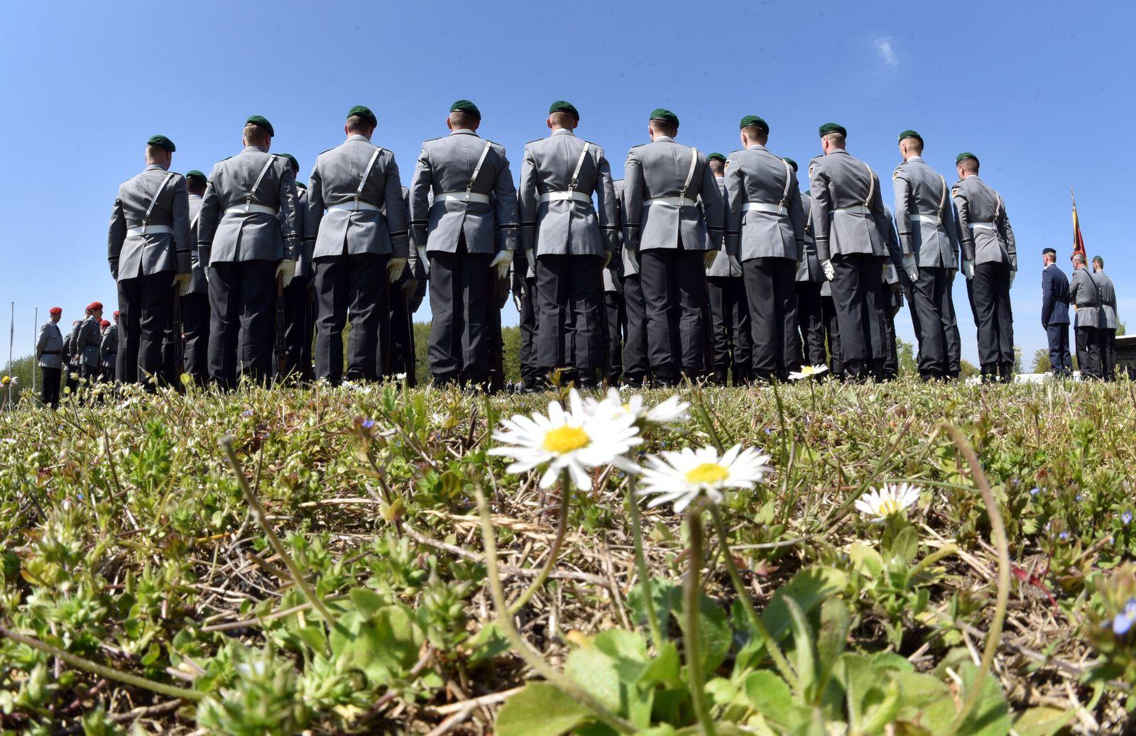 EINMALIGE VERWENDUNG Deutsche Bundeswehr