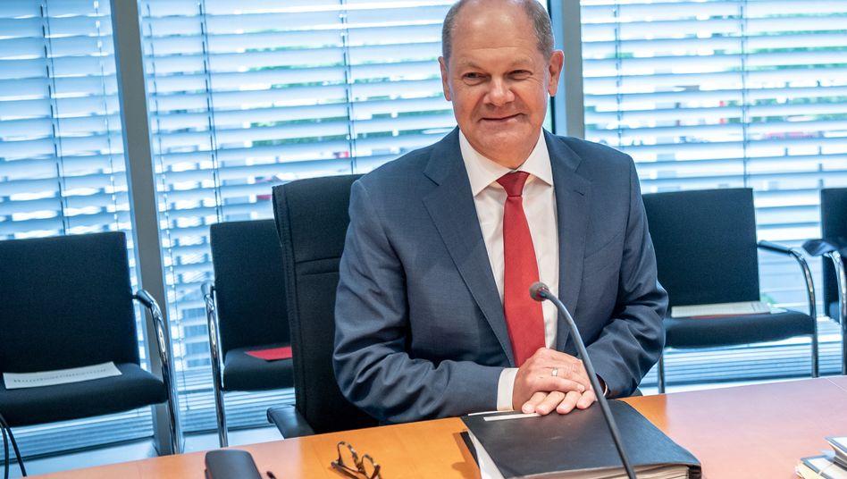 Olaf Scholz bei einer Befragung zu Wirecard im Finanzausschuss des Bundestages