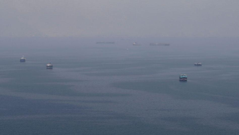 Tanker in der Straße von Hormus: Die Folgen für die Weltwirtschaft könnten drastisch sein