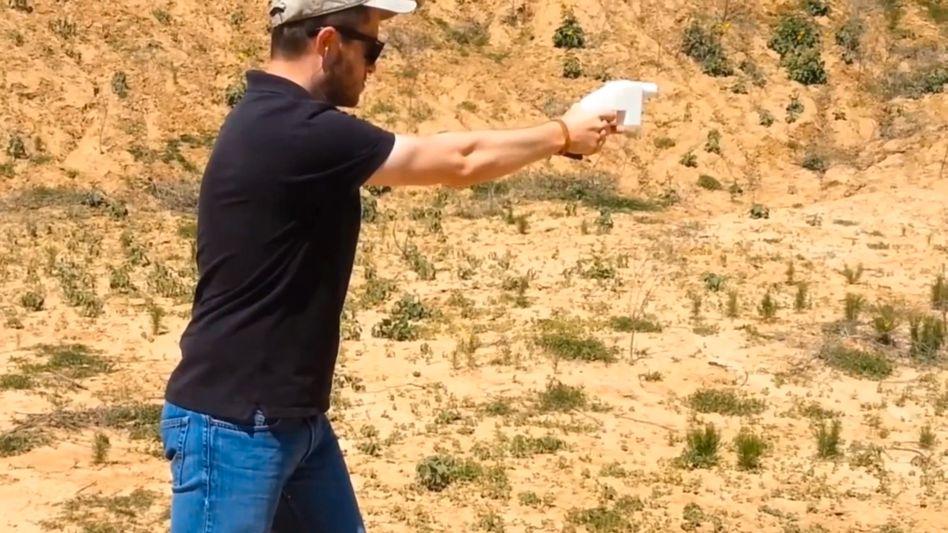 Screenshot aus dem Präsentationsvideo: Ein Nagel als Schlagbolzen