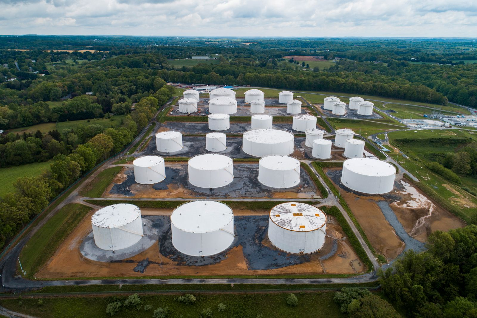 Cyberattack forces shutdown of Colonial Pipeline in US
