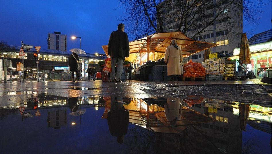 Kottbusser Tor in Berlin-Kreuzberg: Laut, dreckig, Großstadt