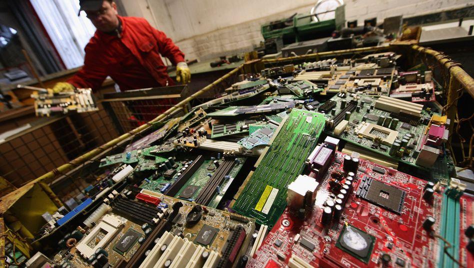 Elektroschrott: Trend zu kürzerer Nutzungsdauer