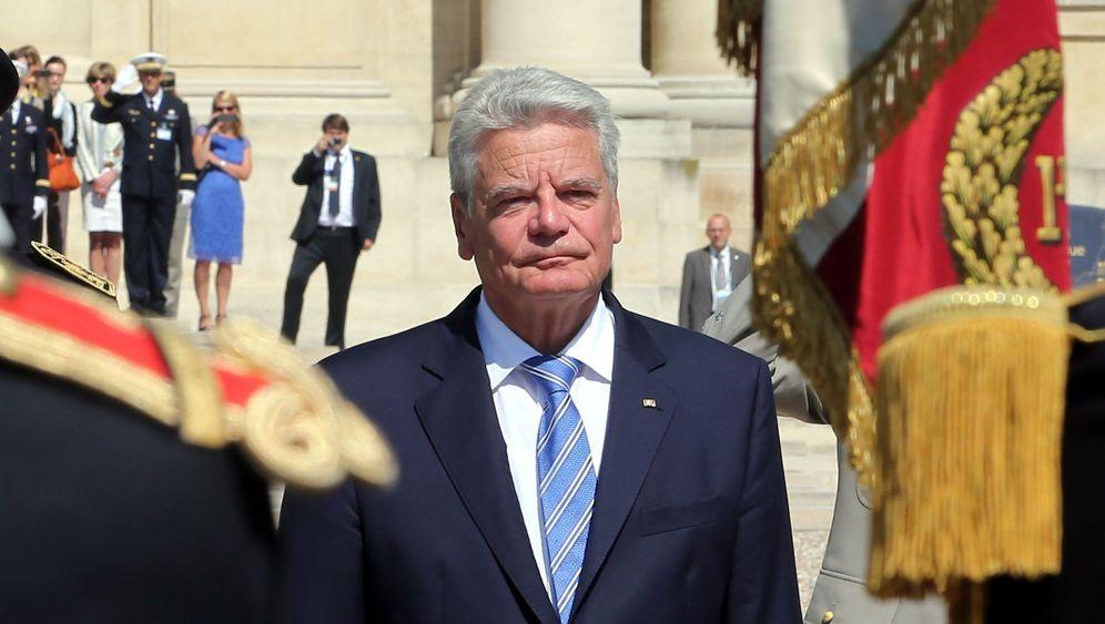 Photo Gallery: German President Visits Oradour-Sur-Glane