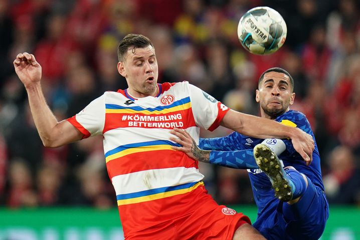 Adam Szalai, hier im Spiel gegen Schalke 04 im Februar