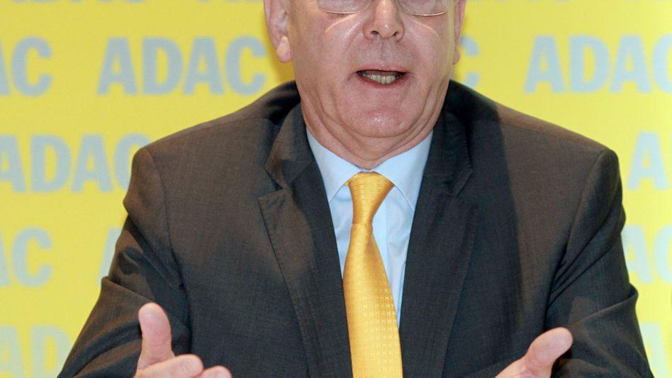 ADAC-Präsident Meyer: Autobosse fordern Aufklärung