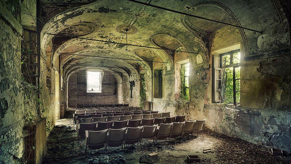 Vergessene Orte: Verwunschene Ruinen im Dornröschenschlaf