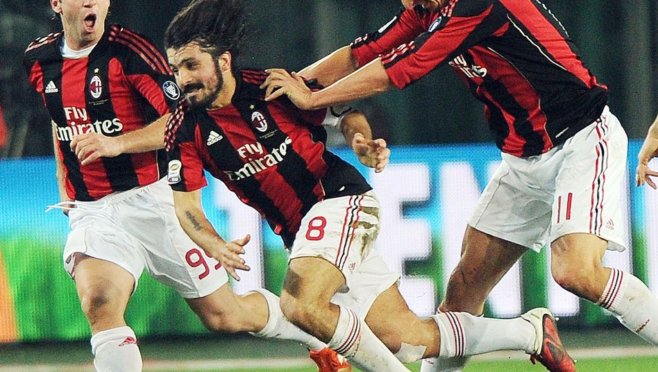 Milan-Profis Cassano, Gattuso, Ibrahimovic (v.l.): Acht Punkte Vorsprung vor Inter