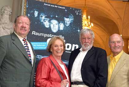 Darsteller bei der Premiere in München: Haha und zwinker-zwinker
