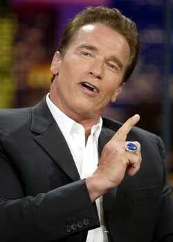 Frauen nehmen ihn ins Visier: Arnold Schwarzenegger