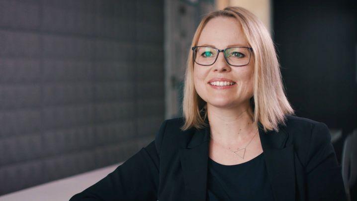 Lisa, Teamleiterin im Kundenservice der Partnervermittlung Parship