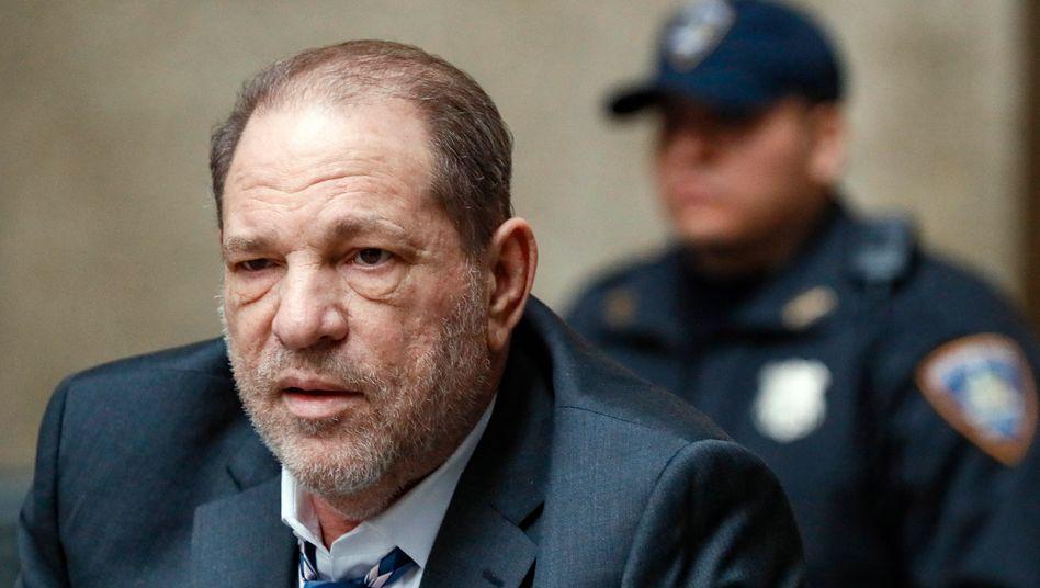 Harvey Weinstein (Archivbild aus dem Februar 2020): Kein Commander mehr