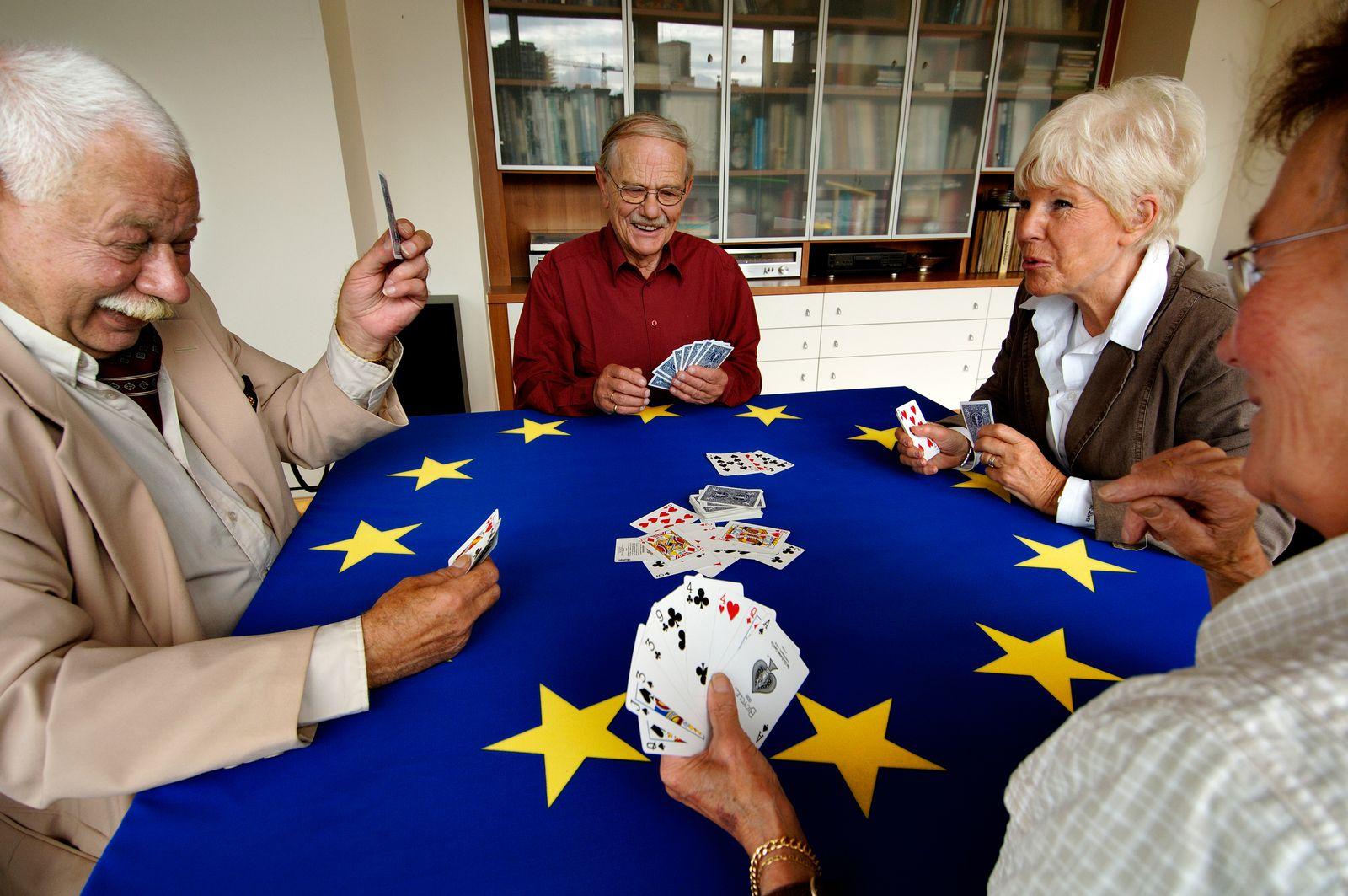 EINMALIGE VERWENDUNG EU / Rente / Rentner Symbolbild