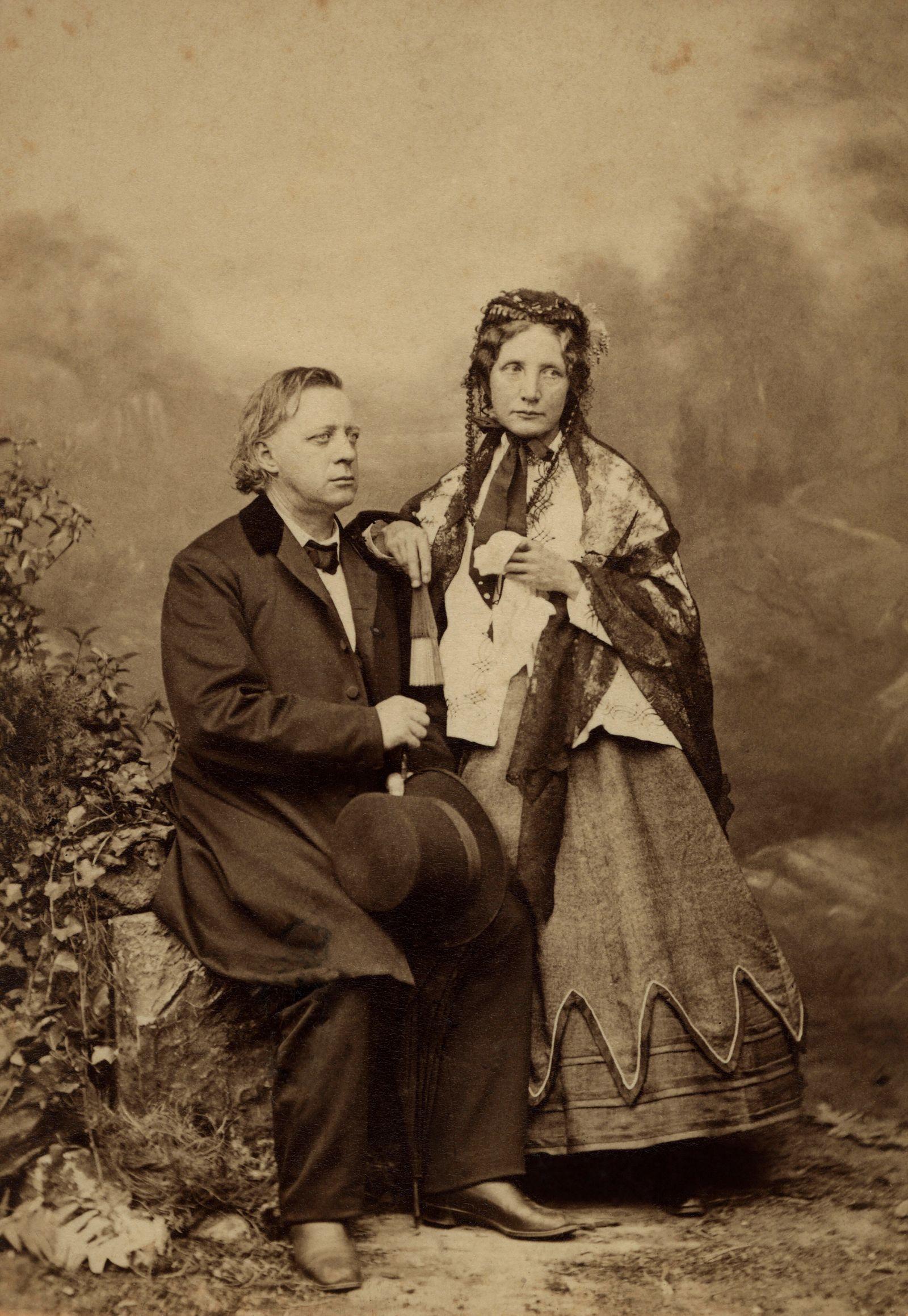Henry Ward Beecher, Harriet Beecher Stowe, Portrait, 1885 PUBLICATIONxNOTxINxESP Copyright: xJTxVintagex jtv008384