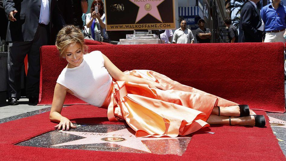 """Jennifer Lopez liegt auf dem Walk of Fame: """"Es ist super"""""""
