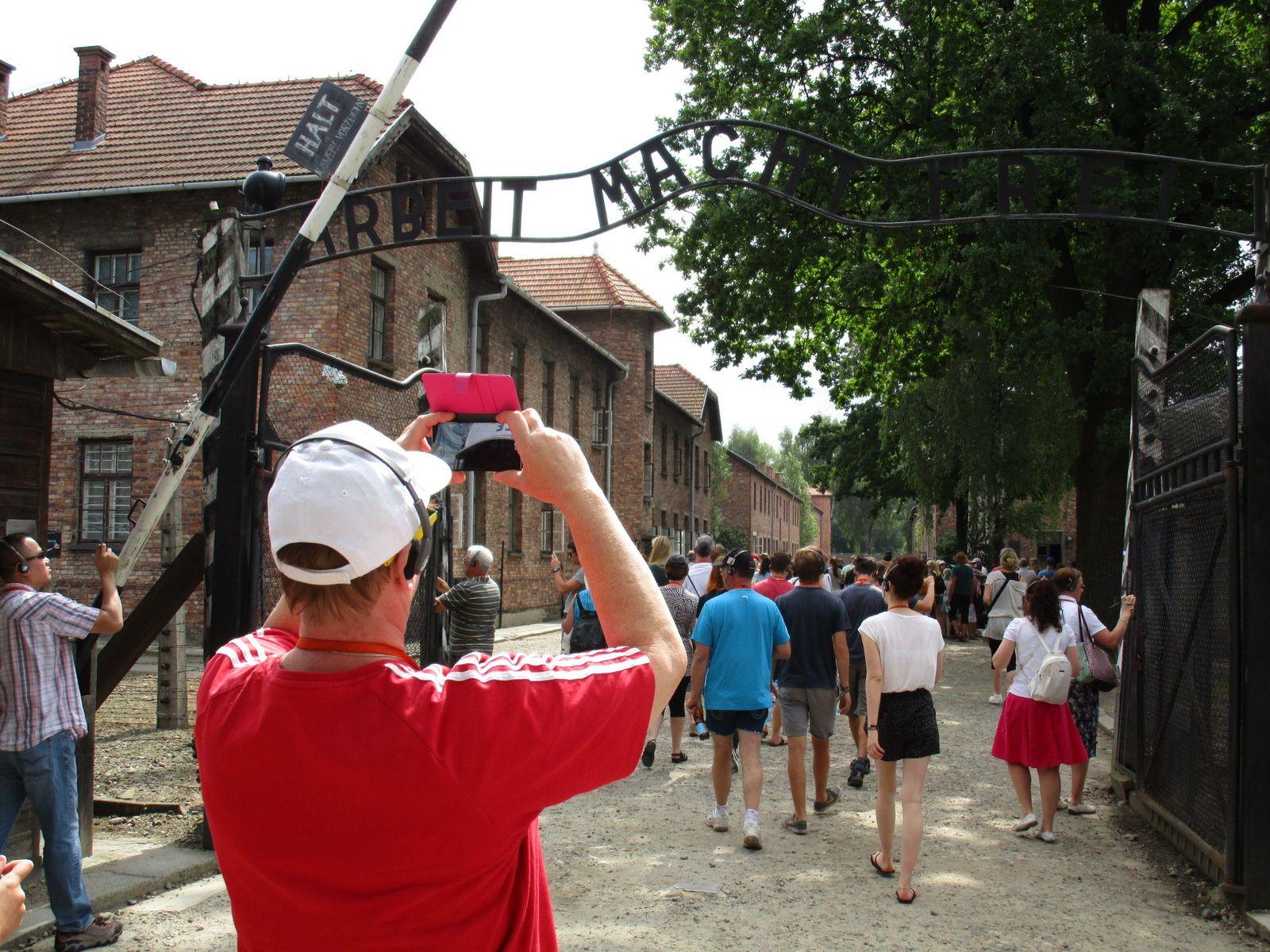 Auschwitz Selfie Besucher Tourist