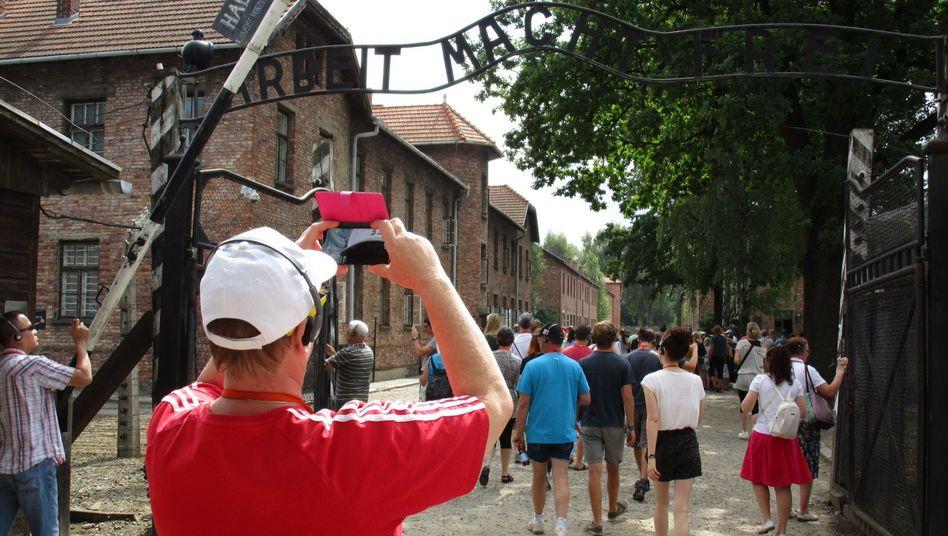Auschwitz: Mehr als eine Million Besucher im Jahr