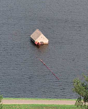 Wasser im Überfluss durch Fehlplanungen in der Wasser-Infrastruktur und verfehlte Klimapolitik: Hochwasser im Oderbruch 1997
