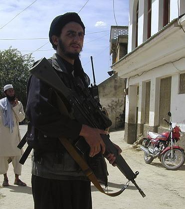 """Bewaffneter Taliban in Buner: """"Existentielle Bedrohung"""""""