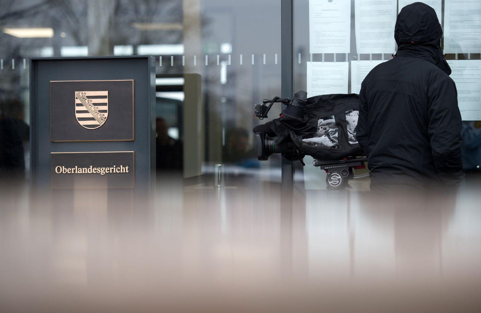 """Vor Prozessauftakt gegen """"Revolution Chemnitz"""""""