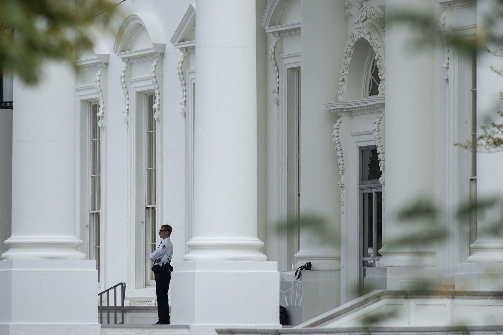 US-POLITICS-SECURITY-WHITE HOUSE
