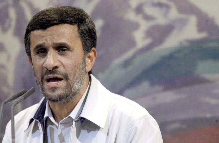 """Irans Präsident Mahmud Ahmadinedschad: """"Entschiedener die eigenen Interessen durchsetzen"""""""