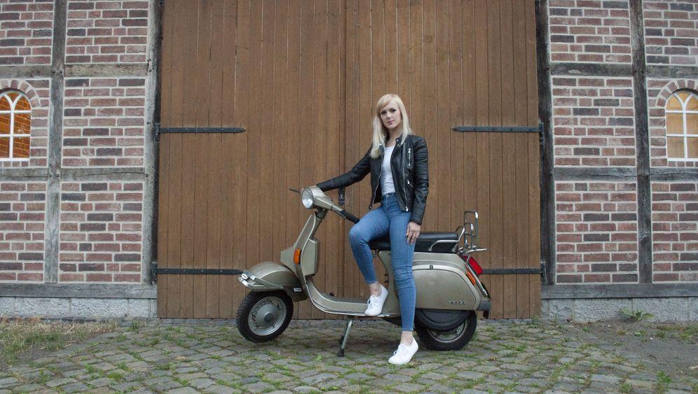 Motorroller mit Geschichte: Die verflixte, goldene Vespa