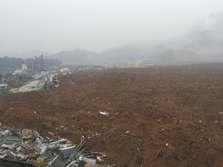 Blick auf den Unglücksort in Shenzhen: Weitläufige Grabungen für Bauarbeiten