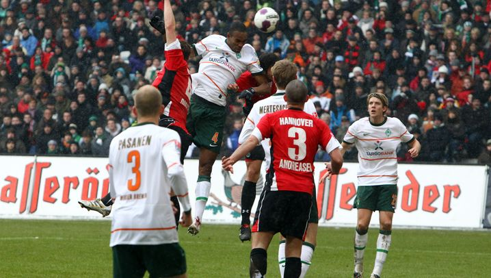 22. Spieltag: Bremen blamiert Hannover, van Nistelrooy überragend