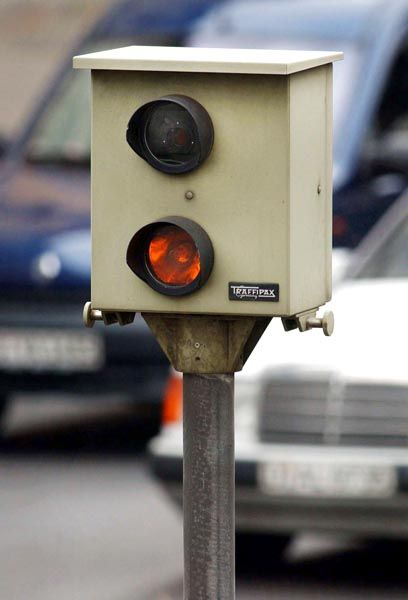 Starenkasten: In Deutschland gibt es rund 3400 fest installierte Radarkontrollen
