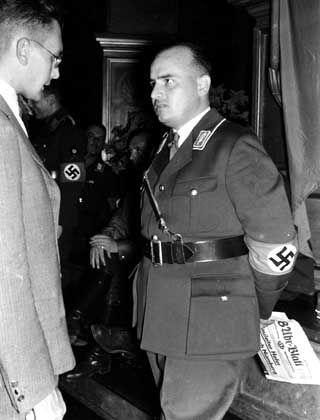 """Hans Frank auf dem Reichsparteitag in Nürnberg: """"Hündischer Charakter"""""""