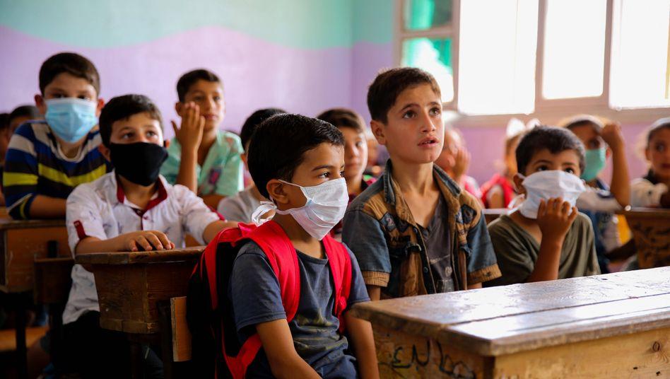 In Syrien beginnt die Schule wieder - möglichst mit Maske