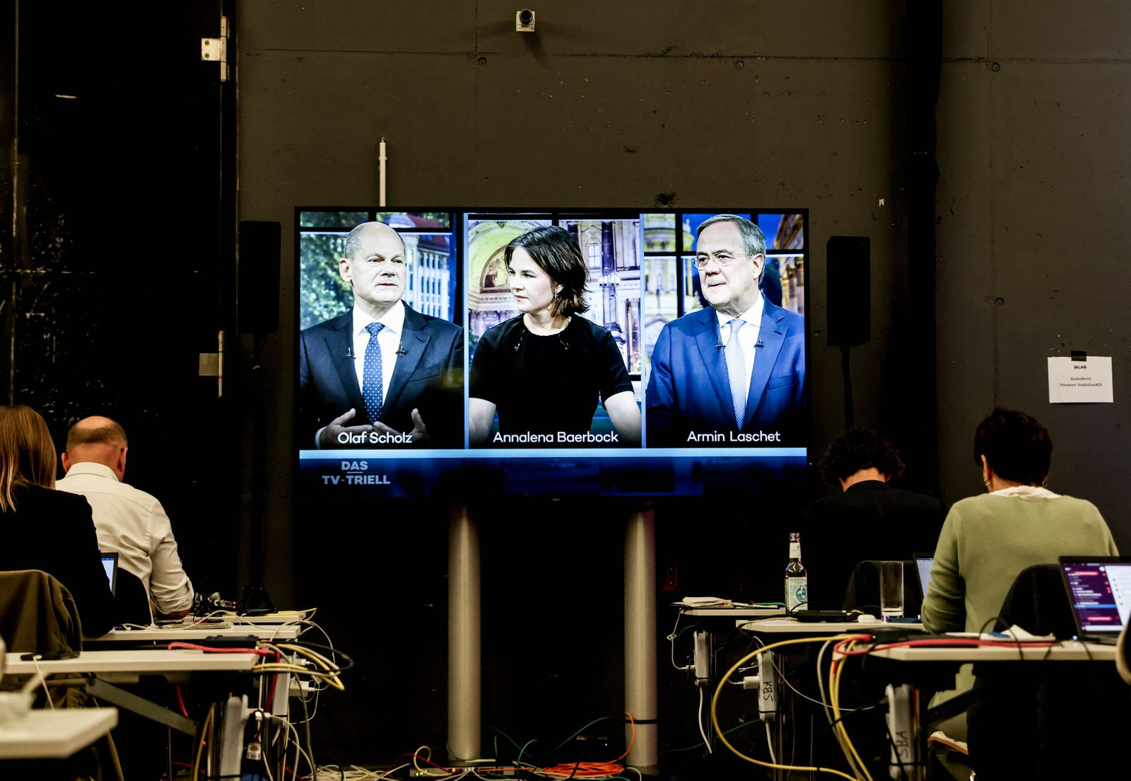 TV live debate of German top candidates for Chancellorship