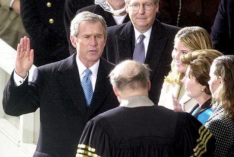 Bushs Amtseid im Januar 2001: 500.000 Menschen stehen Spalier