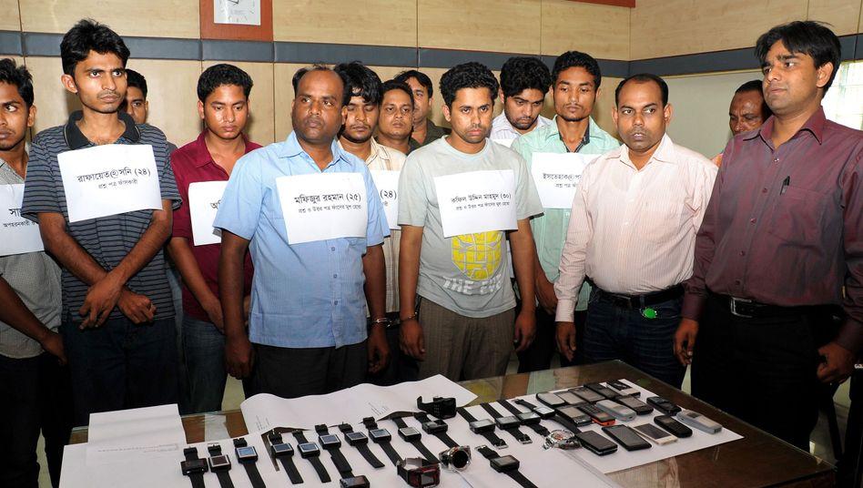 Bangladesch: Polizei überführt mutmaßliche Hightech-Spicker