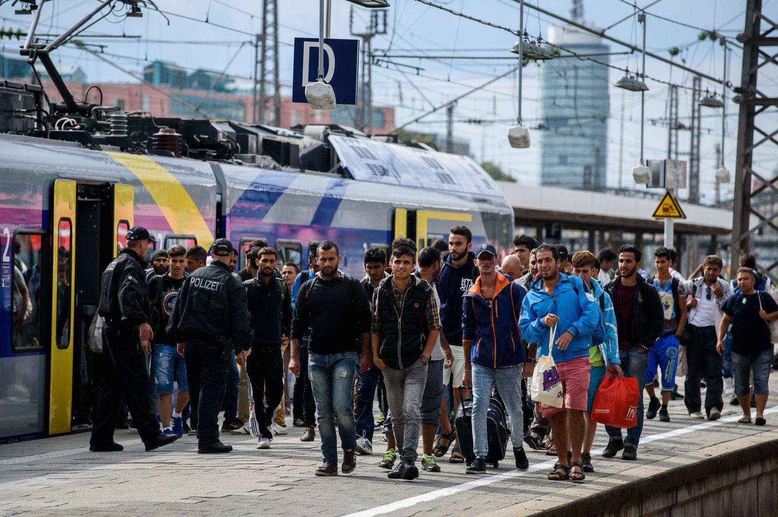 Ankunft von Flüchtlingen am Hauptbahnhof München