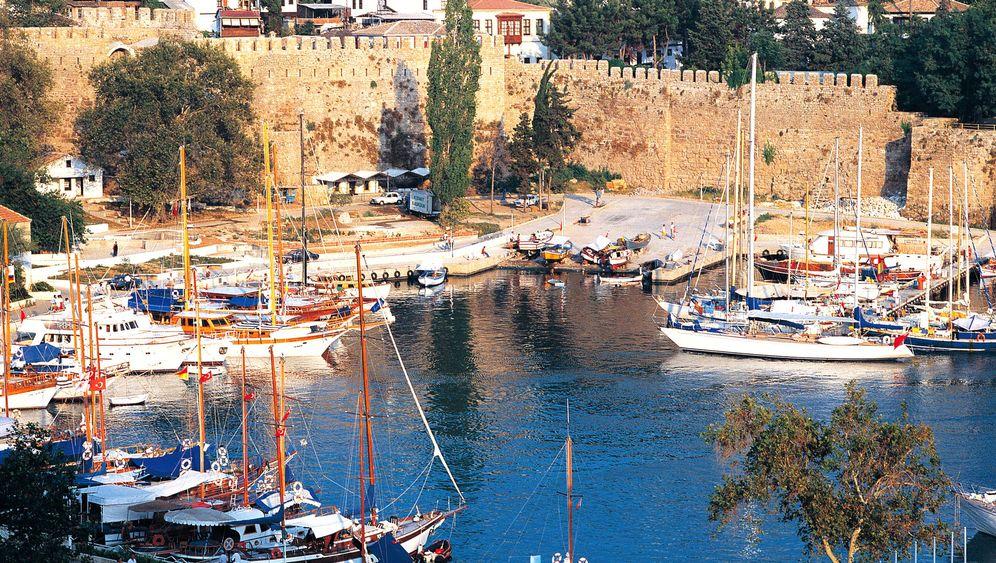 Golf von Antalya: Zwischen Altertum und Metropole