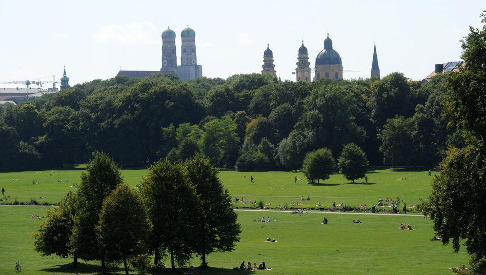 Englischer Garten, Türme der Frauenkirche: Höchste Mieten in Deutschland