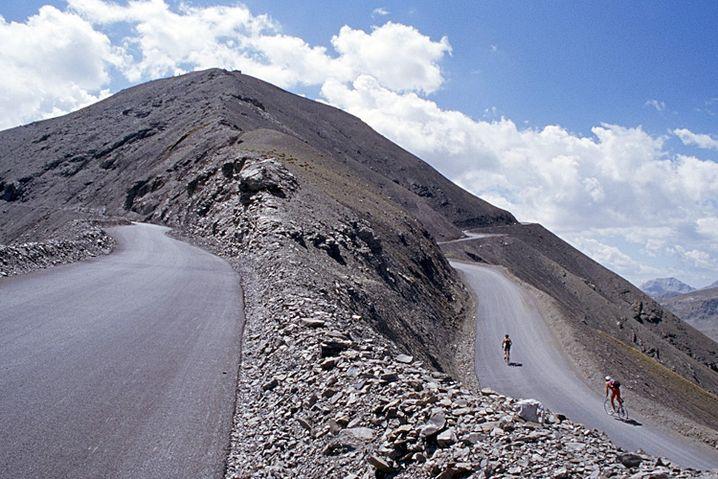 Col de la Bonette: Der asphaltierte Höhepunkt der Alpen - die Passhöhe des Col de la Bonette und die Schleife um die Cima de la Bonette